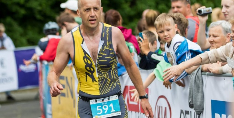 Weekendowe zmagania biegaczy i triatlonistów