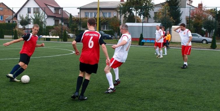 Finał letnich rozgrywek piłkarskich w niedzielę