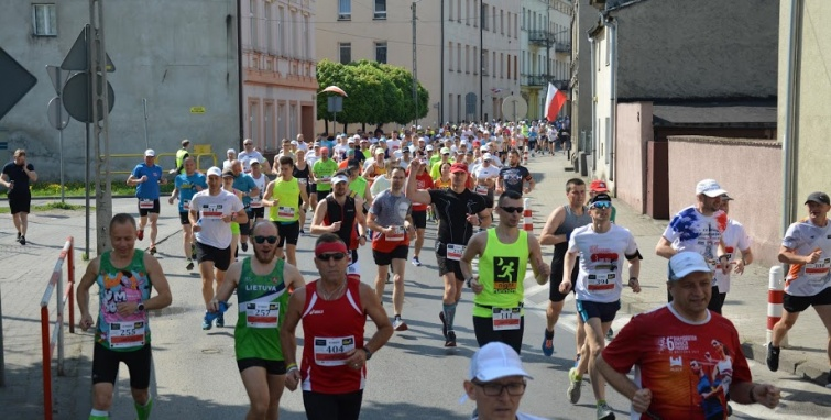 Udany start kleczewskich biegaczy w Trzemesznie